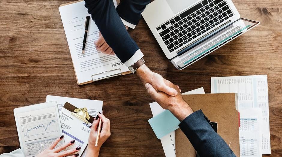 Negócios e oportunidades: Como identificar as melhores empresas para investir e como saber a hora certa de vender o seu empreendimento